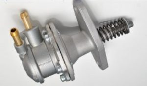 Pompa alimentare motor Deutz KHD K220 FL1011