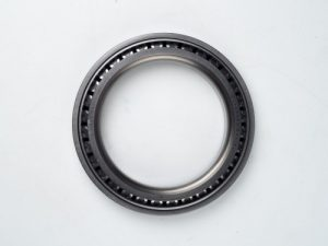 Rulment butuc buldoexcavator Komatsu WB142-5