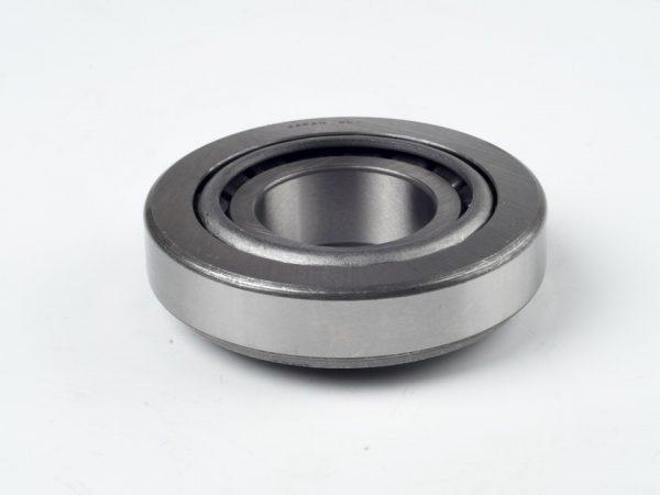Rulment conic butuc John Deere 5100